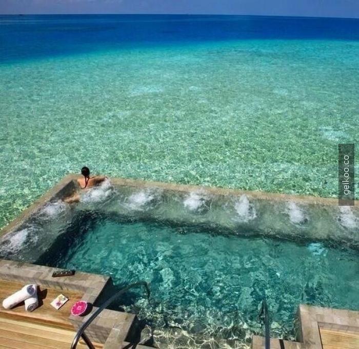 maldivler havuzu