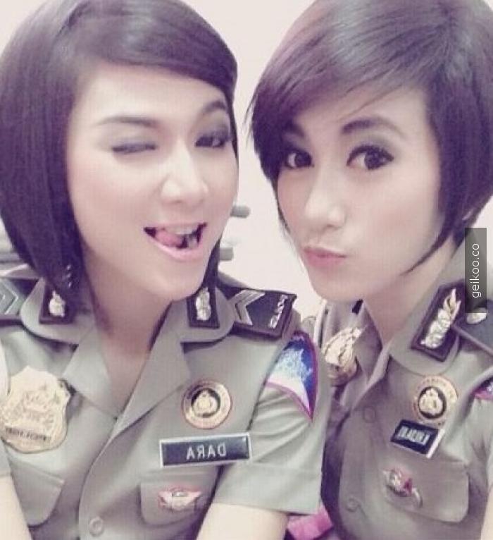 endonezya polis kuvvetleri