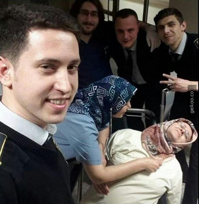 selfie sırasında bayılan teyze